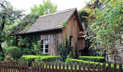 Garten Kaufen Notar by Gartenhaus Haus Immobilien Lexikon