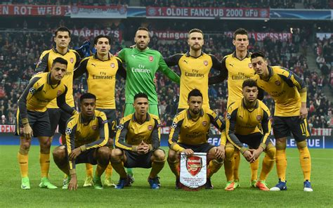 arsenal team arsenal owe themselves a performance says wenger