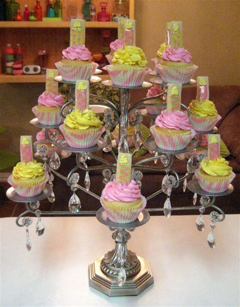 Diy Chandelier Cake Stand 25 Best Ideas About Chandelier Cake Stand On