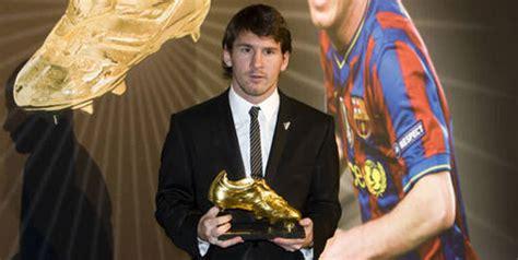 Sepatu Bola Pemain Eropa bola net lionel messi messi raih sepatu emas pecahkan