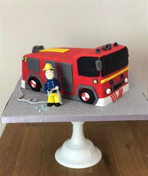 birthday cakes novelty birthday cakes hampshire  dorset coast cakes