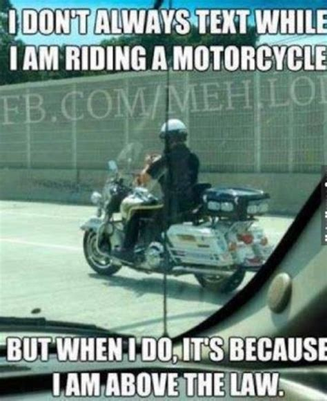 Text Driving Meme - hilarious texting memes barnorama