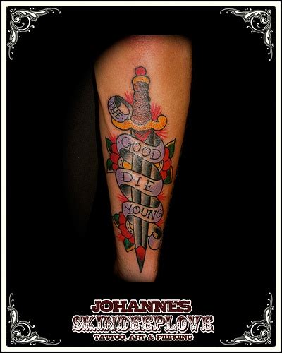 tattoo old school dagger old school dagger tattooed by tattoos pinterest
