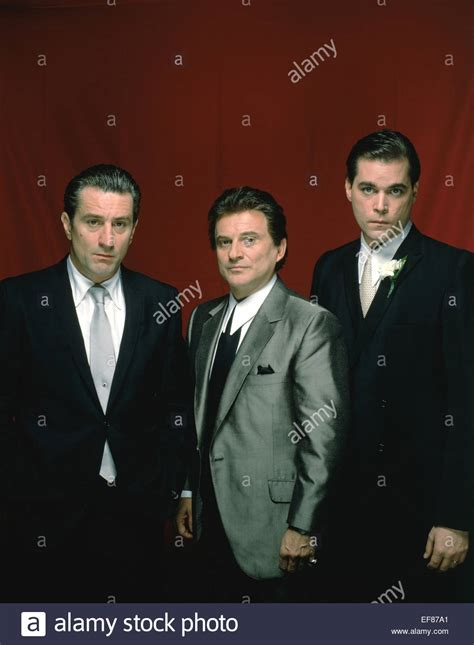 robert de niro ray liotta robert de niro joe pesci ray liotta goodfellas 1990