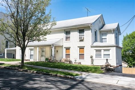 houses for sale in caldwell nj 5 bedroom multi family home for sale in caldwell nj 07006 mls 3382900 weichert com