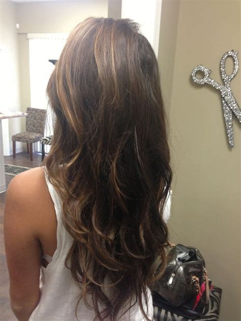 hairstyles type carmel v cut hair with caramel colored highlights