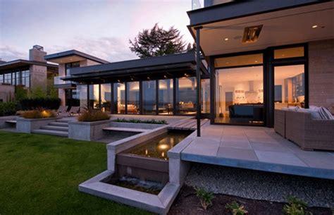 design casa moderna modern home design set overlooking lake washington home