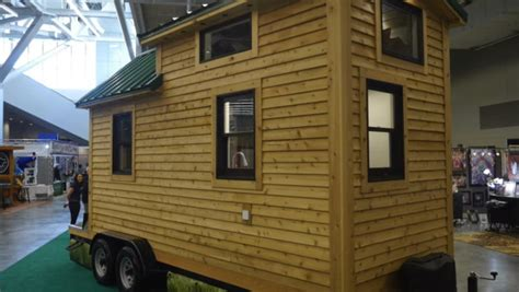 84 lumber homes 84 lumber s new tiny house on wheels