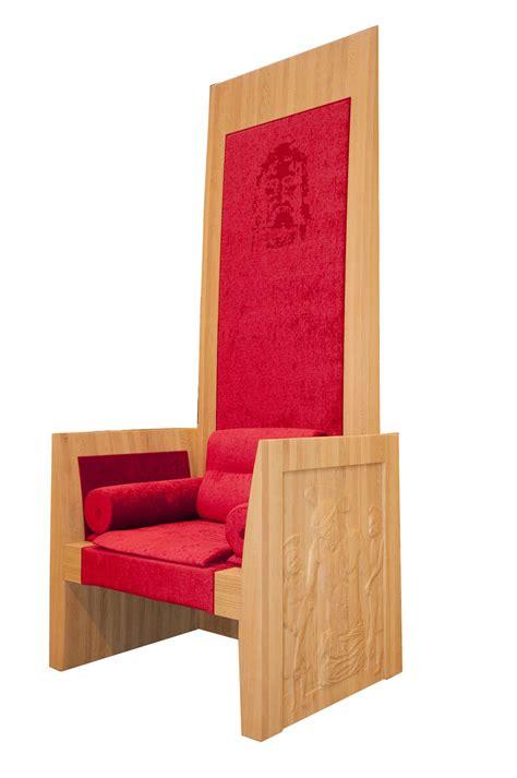 sedia papale santa sindone la cattedra papale torna a torino per la
