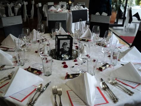 picture frame centerpieces photo memory themed wedding weddingbee