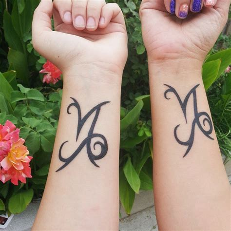 mother daughter tattoo designs 25 sweet tattoos