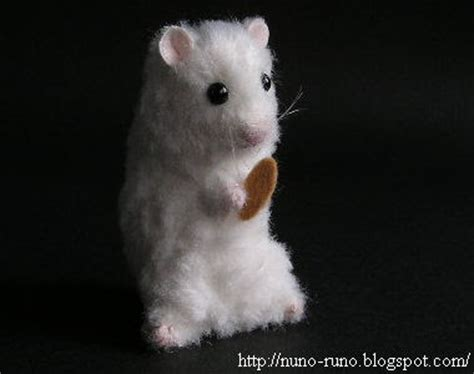 felt hamster pattern nuno life hamster