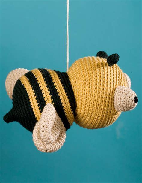 yarn bee knitting patterns jonathan the bee crochet pattern knitting patterns
