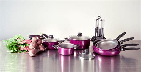 Ordinaire Ustensiles De Salle De Bain Design #5: batterie-de-cuisine.jpg