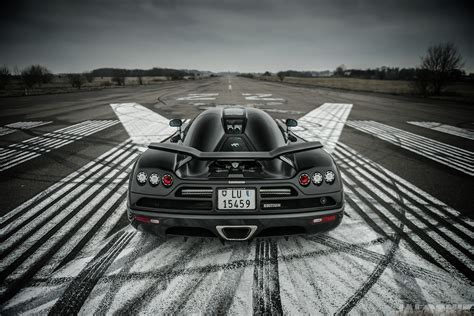 koenigsegg ghost wallpaper 2009 koenigsegg ccxr edition the jalopnik 180 mph runway