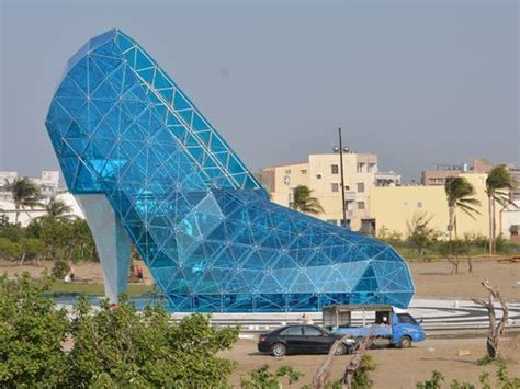 taiwan church shaped like a shoe high heel shaped church in chiayi drawing attention