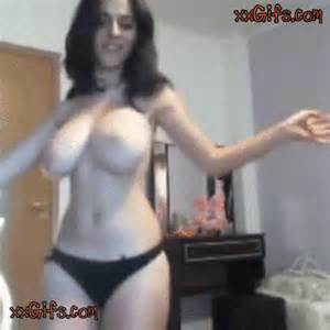 Hot Shaking Her Boobs And Poses Solo