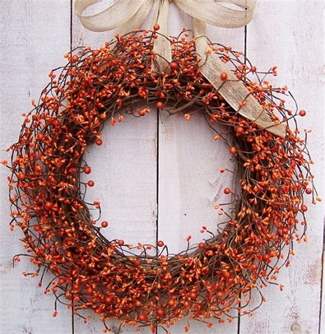 Decorating Ideas For Wreaths Creative Fall Decorating Ideas For A Grapevine Wreath