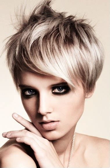 ash blonde pixie ash blonde hairspray short hair pinterest short