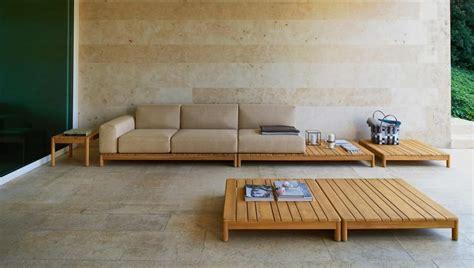 divanetti in legno divano componibile in legno massello con elementi