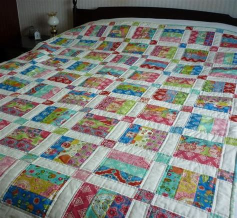 How Many Jelly Rolls To Make A Size Quilt by Jelly Roll Quilt Pattern 6 Sizes From Mack And Mabel