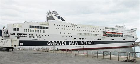 grandi navi veloci suprema traghetti grandi navi veloci prenota on line con