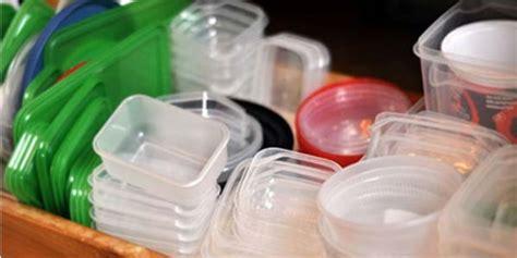 Wadah Makanan Plastik Yang Aman kenali wadah plastik wajib buang usai dipakai co id