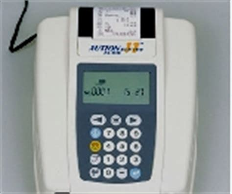 Urine Analyzer Uryxxon Relax iris diagnostics iq200 sprint automated urine microscopy analyzer 自动尿液分析仪 制造商规格说明