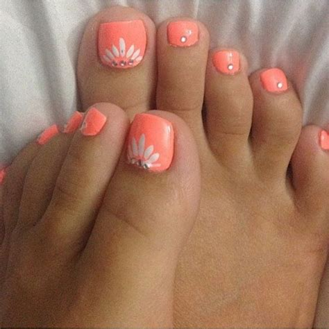 Best Pedicure by 25 Best Ideas About Toe Nail Designs On
