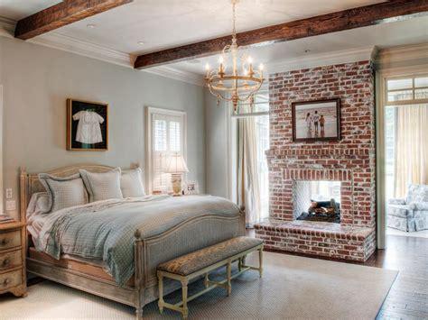 Country Bedrooms Ideas tipos de chimeneas perfectas para un hogar acogedor