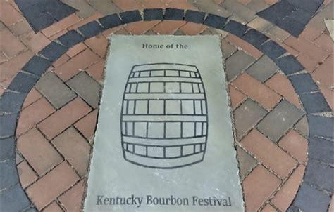 cuna de viaje alco viaje a la tierra del bourbon vinos y alcoholes a granel