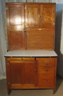 Antique Hoosier Kitchen Cabinet An Deco Hoosier Kitchen Cabinet Dresser Antiques Atlas