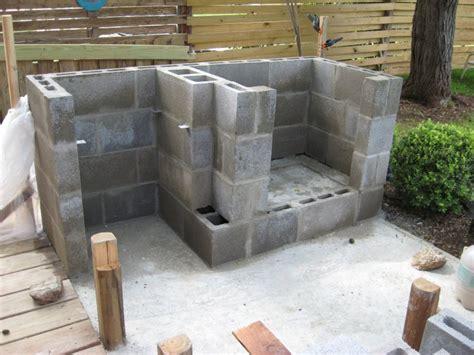 cinder block outdoor fireplace pin cinder block fireplace on