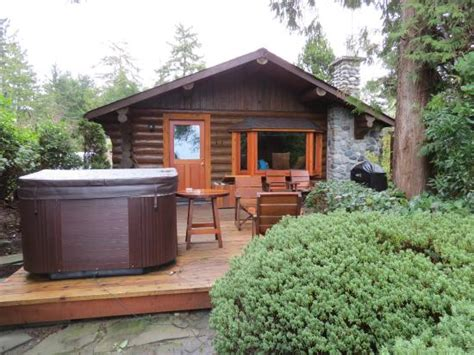 Cabins In Tofino Bc by Front Of Cabin 4 Picture Of Cove Resort
