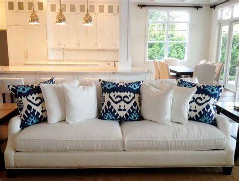 35 Sofa Throw Pillow Examples (Sofa Décor Guide)