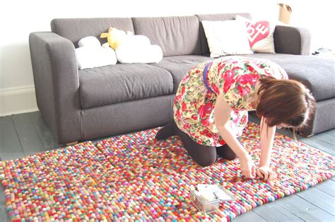How To Make A Handmade Carpet - friday i m in love with our crafty felt rug