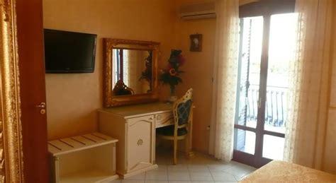 hotel sulla spiaggia porto cesareo hotel grand paradise sulla spiaggia a porto cesareo su
