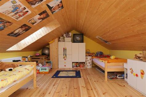 Dachboden Kinderzimmer Gestalten by M 246 Chten Sie Ein Traumhaftes Dachgeschoss Einrichten 40