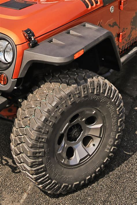 rugged ridge hurricane rugged ridge expands line of vintage inspired fender flares to include 1997 2006 jeep wrangler