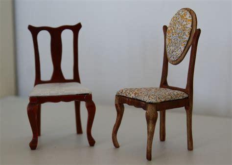chaise nouveau une chaise nouveau humpty dumpty