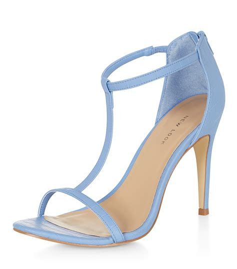 fashion is ice blue the coolest colour or what beabea