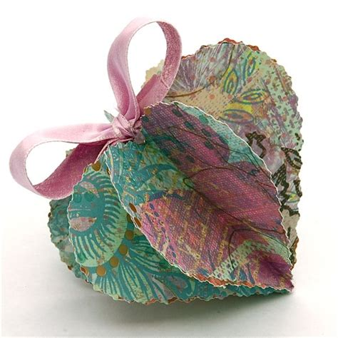 Paper Hearts Craft - dimensional paper hearts paper crafts