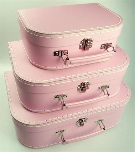 Inini Motif Vintage Lunch Bag Pink mashmellow pink suitcases