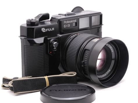 fuji rangefinder fujifilm gw690ii medium format rangefinder