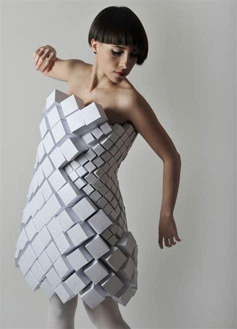 Kalung Fashion Geometry Shape Design geometric fashion white cube dress with repeating shapes experimental fashion design