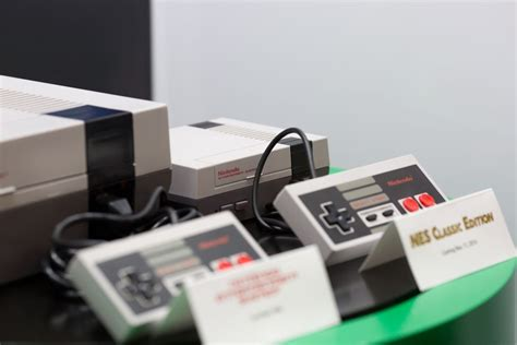 we just saw nintendo s nes classic in person and it is glorious the verge