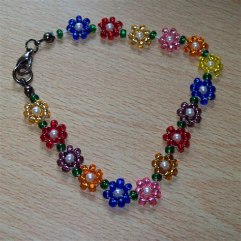 beaded flower bracelet patterns tutorials friendship bracelets net