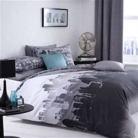 Bedrooms With White Comforters - total fab new york city skyline bedding amp nyc themed bedroom ideas