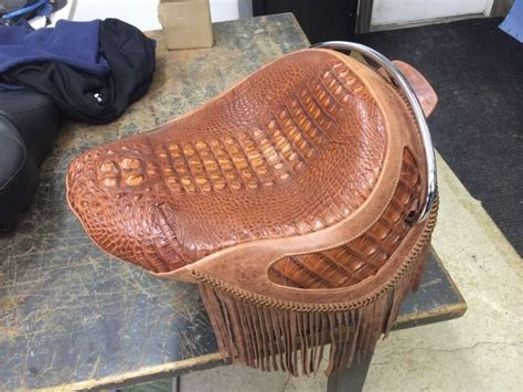 Mc Upholstery by 25 Best Ideas About Motorcycle Seats On Cafe