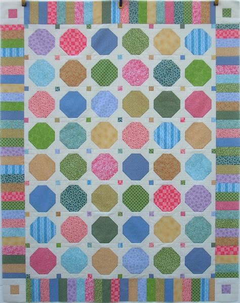 Free Snowball Quilt Pattern by Such A Sew And Sew Scrappy Snowball Quilt Tutorial